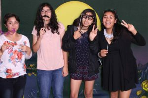 Astrid Quince green screen photo booth Picture